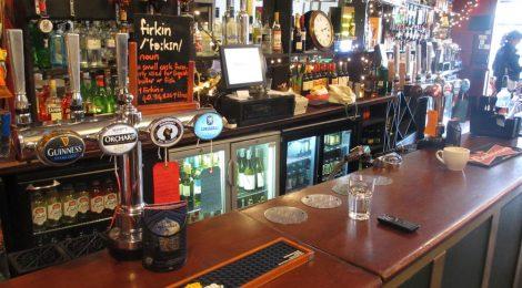 The Fox & Firkin - Bar